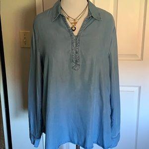 IZOD womens denim shirt NEW